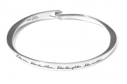 Delicate bracelet with inspirational quote -  Like one, like the other, like daughter, like mother has two flattened sides and hook and eye closure